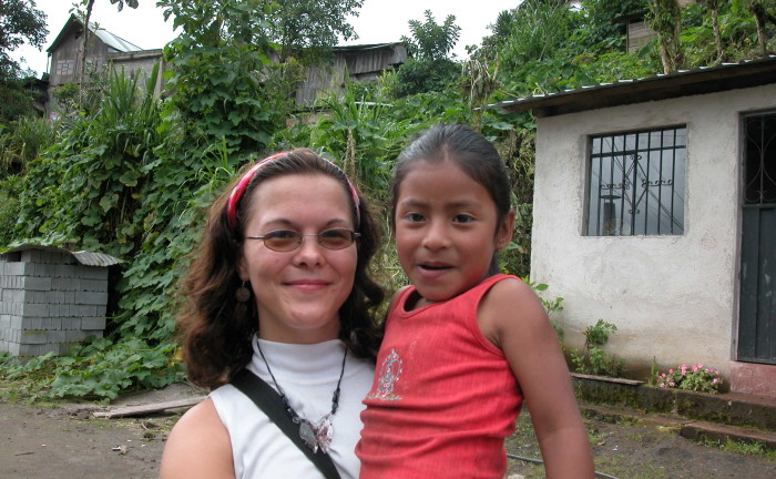 Volunteer teen moms quito ecuador
